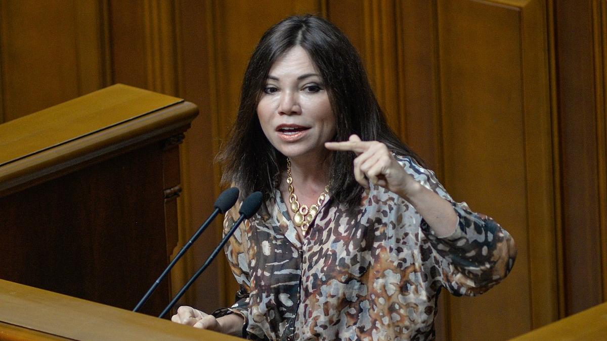 Зеленский: те, кто без боя сдал Крым, должны нести ответственность. Сюмар  ответила